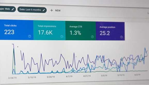 Get real-time SEO updates to climb through the rankings fast.