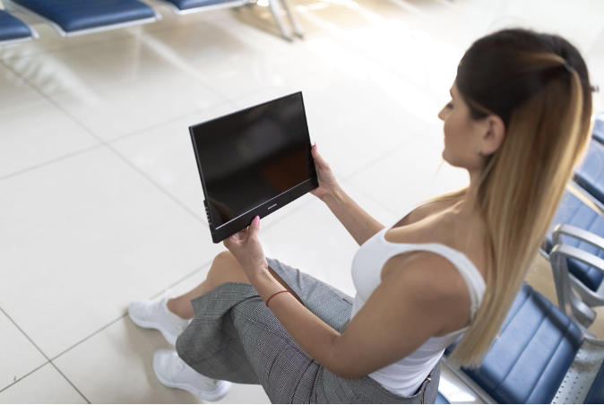 Benefits of Using a Portable Monitor